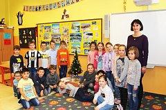Žáčci 1.B ZŠ Sokolov, Švabinského s třídní učitelkou Mgr. Danou Brožíkovou