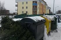 Kontejnery na tříděný odpad v Sokolově