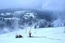 Vlekaři se děsí poplatků za odběr vody na zasněžování. Snímek je z horské Bublavy.