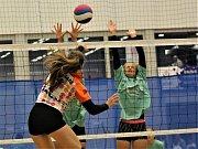 V Karlových Varech se hraje republikové finále volejbalové Sportovní ligy základních škol