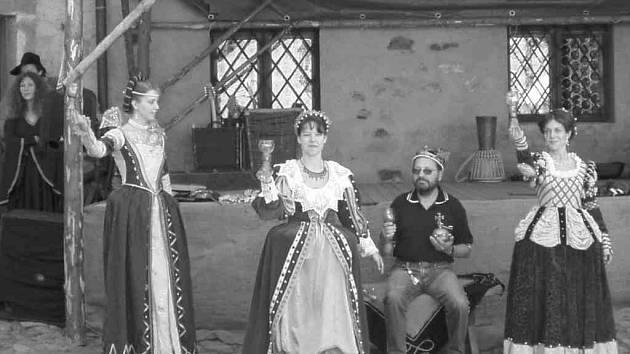 Na hrad v Lokti se vracejí Rudolfínské slavnosti.