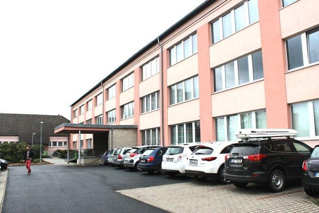 CHODOVSKÁ poliklinika bude mít nové sociální zařízení. Město už vybírá dodavatele.