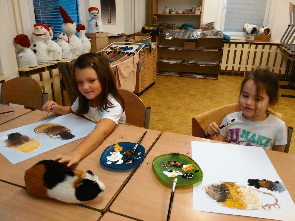 Loketské děti uspěly se dvěma projekty: Mazlíčci a Křehce a něžně.