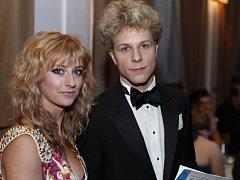 JAN ONDER se svou životní i taneční partnerkou Lucií Hunčárovou, s níž se pravidelně účastní tanečních soutěží.