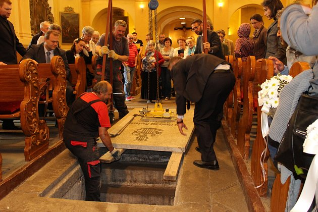 Rakev s ostatky Franze Flamina von Plankenheim byla snesena do podzemní krypty v kostele sv. Vavřince. Ta byla následně uzamčena a vchod opět zakryt  kamennou deskou.