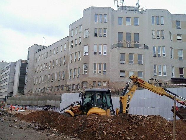Stavba parkovacího domu
