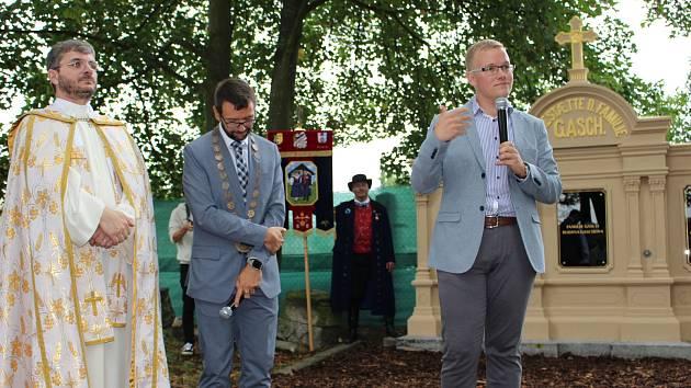 Listinu města Chodova 2019 obdržel i městský historik Miloš Bělohlávek (vpravo).