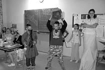Jednotlivé třídy v kynšperské základní škole prezentovali české kraje