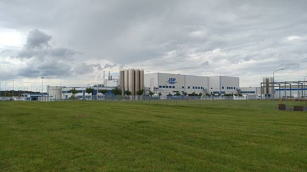 Firma má zkušenosti i s průmyslovou zónou v Chebu.