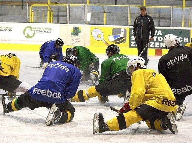 Hokejisté Baníku vyjeli v úterý poprvé na led