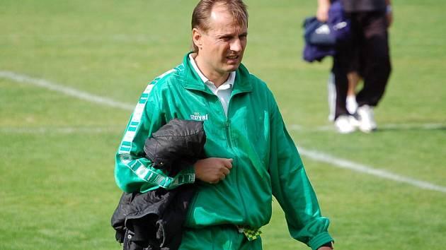 Trenér Pulpit vyměnil sako za teplákovku. Přišly výsledky i angažmá v první lize.