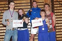 Boxeři TJ Baník Sokolov, zleva: Filip Coufal, Diana Smolíková, Petr Arkenberg, René Hejda a Václav Hejda