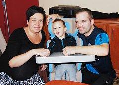 ČTYŘLETÝ Martínek má speciální terapie, aby mohl začít chodit, rodiče ho podporují