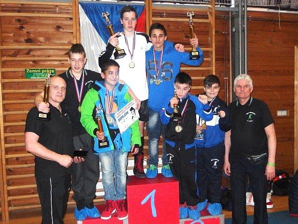 Úspěšná výprava sokolovských boxerů vJičíně