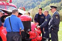 Oslava 150. výročí loketských hasičů byla poslední akcí kulturního léta v přírodním divadle pod hradem.