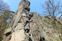 Lidstvo fascinovaly už od nepaměti. Řeč je o Svatošských skalách, o žulovém skalním městě, které se nachází nedaleko Karlových Varů, v katastru obce Hory.