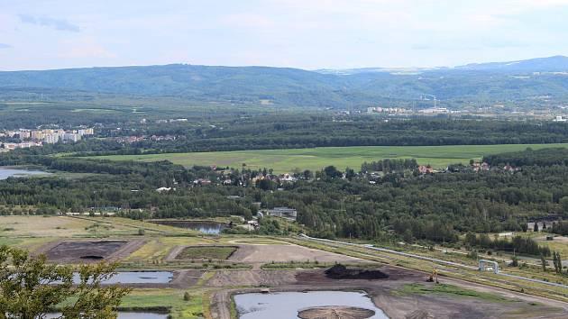 Sanace skládky dehtových kalů u Staré Chodovské začala. Region se tak zbaví zápachu i ekologické zátěže.