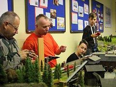 Adventní výstava je jednou z výstav Model klubu v DDM Sokolov. Ta druhá, třídenní je na programu příští týden.