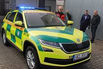 Škodu Kodiaq budou využívat zdravotníci záchranné služby v Sokolově.