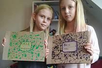Výtvarka na dálku. Děti připravují Sketchbook.