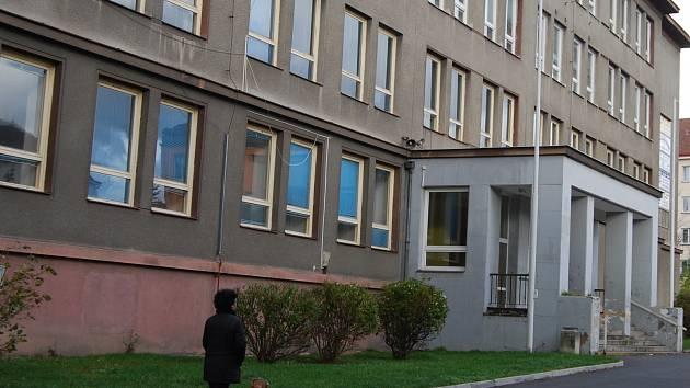 Bývalá základní škola v ulici Sokolovská