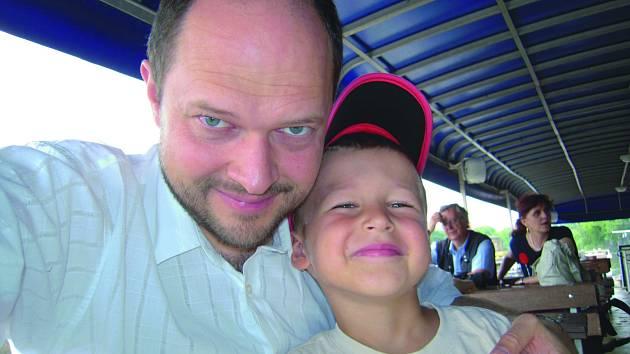 ALEŠ Hodina a jeho syn Karel.