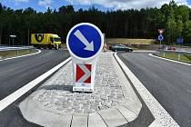 Stavaři dokončili výstavbu dopravního napojení na komerční zónu v Podkrušnohorské výsypce.