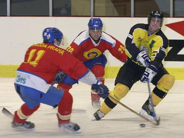 Příprava hokejistů Sokolova pomalu spěje do závěru.