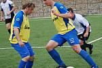 Okresní přebor: Baník Kr. Poříčí B (ve žluto-modrém) - Dynamo Krajková