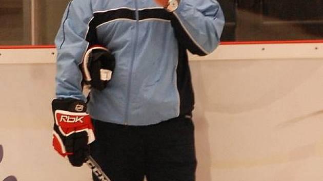Hlavní trenér Miroslav Kanis