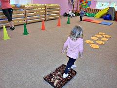 Kaštany pro zvěř nejprve masírovaly dětem chodidla.