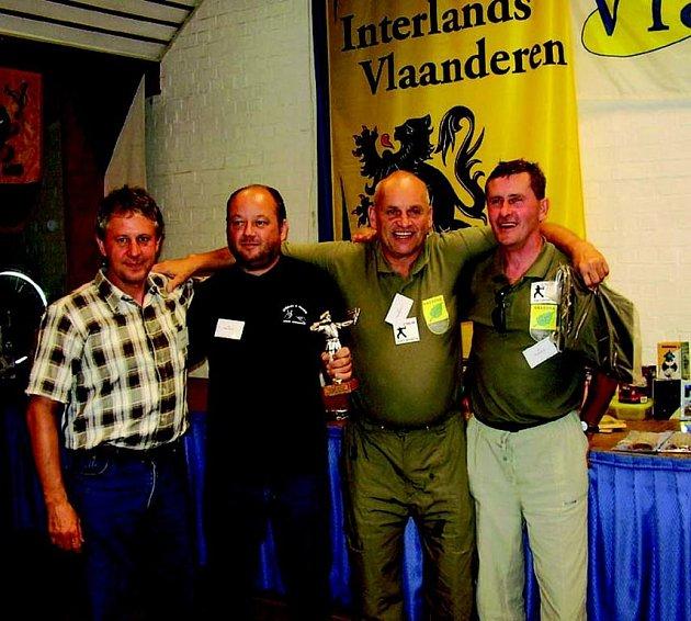 Tým složený ze dvou moraváků a dvou březováků vyhrál v Anglii na neoficiálním mistrovství Evropy třetí místo v soutěži národů ve střelbě z praku.