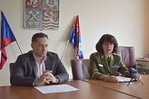 Hejtman Petr Kubis s generálkou Lenkou Šmerdovou