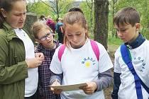 Čtyřčlenné družstvo dětských čtenářů z Horního Slavkova vybojovalo v Nejdku na Hrách bez hranic třetí místo.