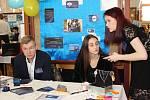 Již jedenáctý regionální veletrh fiktivních firem, který pořádala Střední škola živnostenská Sokolov, se konal v Hornickém domě.