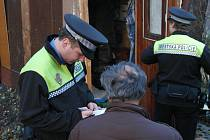 Sokolovští strážníci při kontrole lidí bez přístřeší