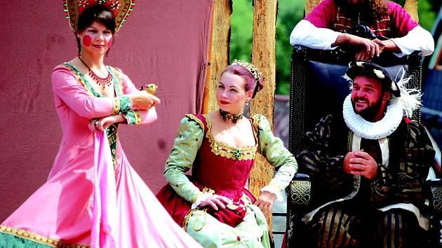 Na hradě v Lokti se konaly tradiční Rudolfínské slavnosti.