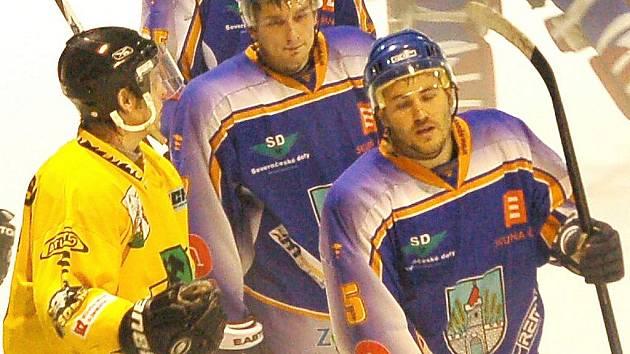 Utkání druhé hokejové ligy Klášterec - Sokolov