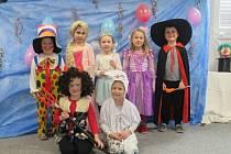 Karnevalové odpoledne si děti ve školce moc užily.