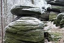 Moučné pytle je přírodní památka v okrese Sokolov, vyhlášená v roce 1997 v chráněné krajinné oblasti Slavkovský les.