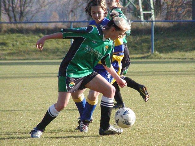 Fotbalistky Bukovan na jaře zatím bez porážky.