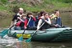 Vodáci na řece Ohři