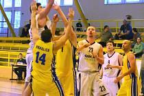 Play off krasjkého přeboru mužů: BK Sokolov - Sokol Kraslice (ve žlutém)