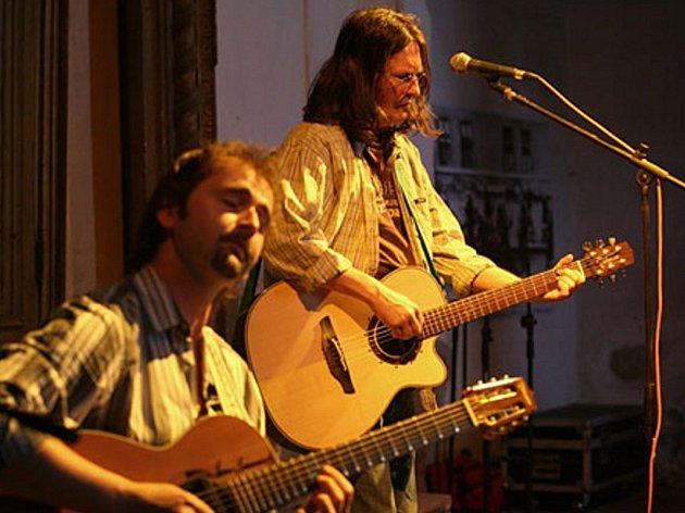 Ivan Hlas je jedou z hudebních hvězd, která vystoupí během sobotních slavností v Horním Slavkově.