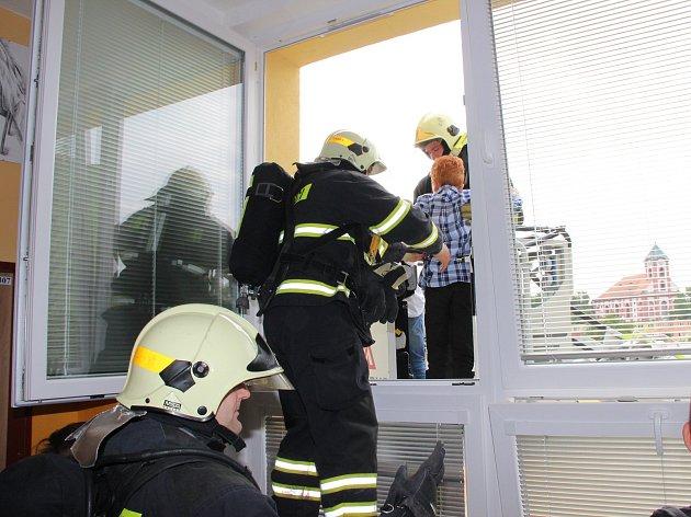 Cvičení probíhalo na Základní škole J.A.Komenského v Chodově.
