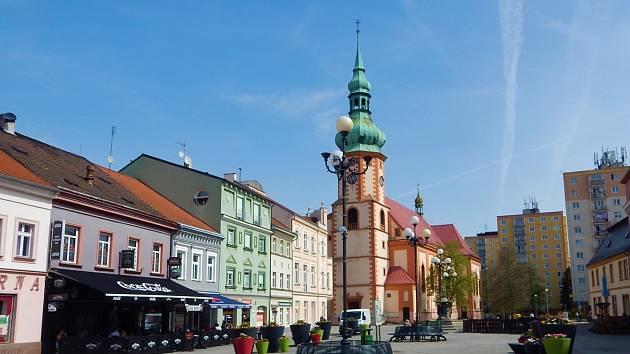 Kostel svatého Jakuba Většího je římskokatolický děkanský kostel v Sokolově.