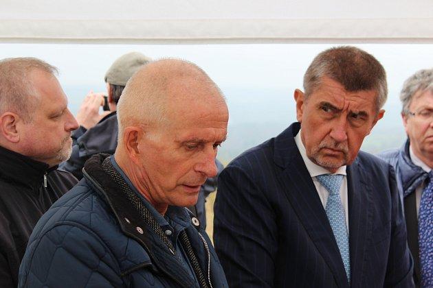 Vláda ČR v čele s premiérem zavítala na Sokolovsko