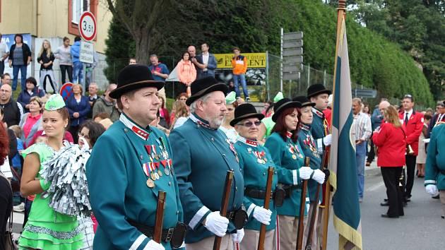 LOKETŠTÍ ostrostřelci (na snímku) jsou často k vidění na akcích po celém Karlovarském kraji.