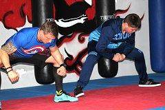 Petr Goubej pracuje pod vedením trenéra Václava Koláře na splnění svého cíle.