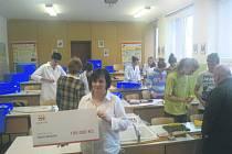 ŠKOLÁCI v Březové mají při výuce fyziky nové pomocníky.